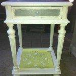 petite table en cours de peinture img_1722-e1380098770982-150x150